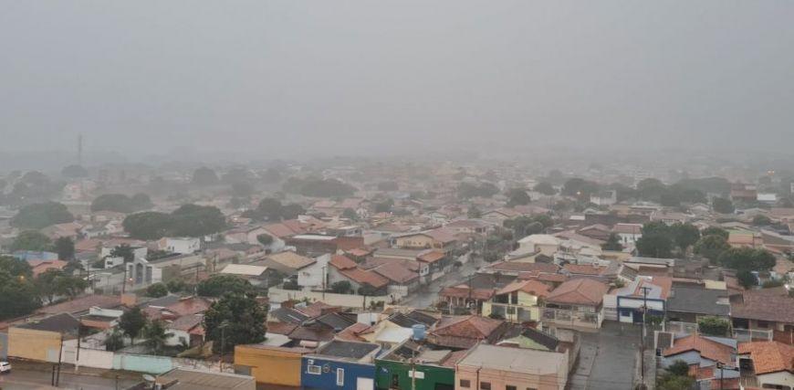 Calorão deve provocar chuva por três dias em Cuiabá; veja previsão (Crédito: Reprodução)
