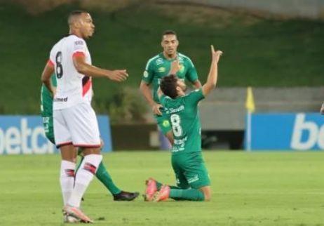 Cuiabá vence o Atlético-GO e conquista 2ª vitória no Brasileirão