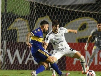 Santos vence o Boca Juniors na estreia de Diniz e renasce na Libertadores (Crédito: CONMEBOL)
