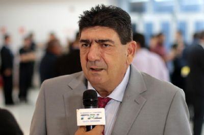 Deputado Dr. João pede licença de 121 dias para assuntos particulares