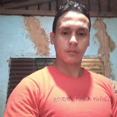 Homem de 28 anos esfaqueado pelo pai não resiste e morre em hospital